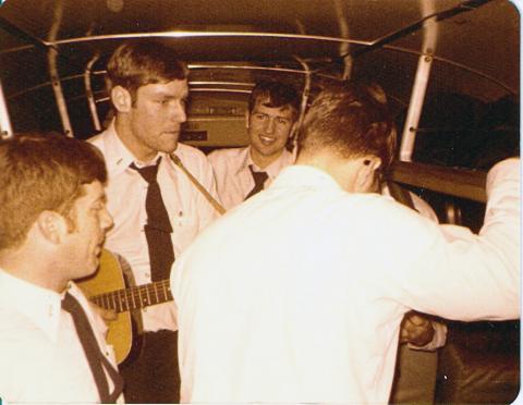 Idlers returning from Washington DC, Jan 1977